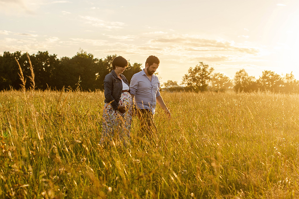 photographe séance photo grossesse Toulouse lauragais occitanie Aude robe longue golden hour