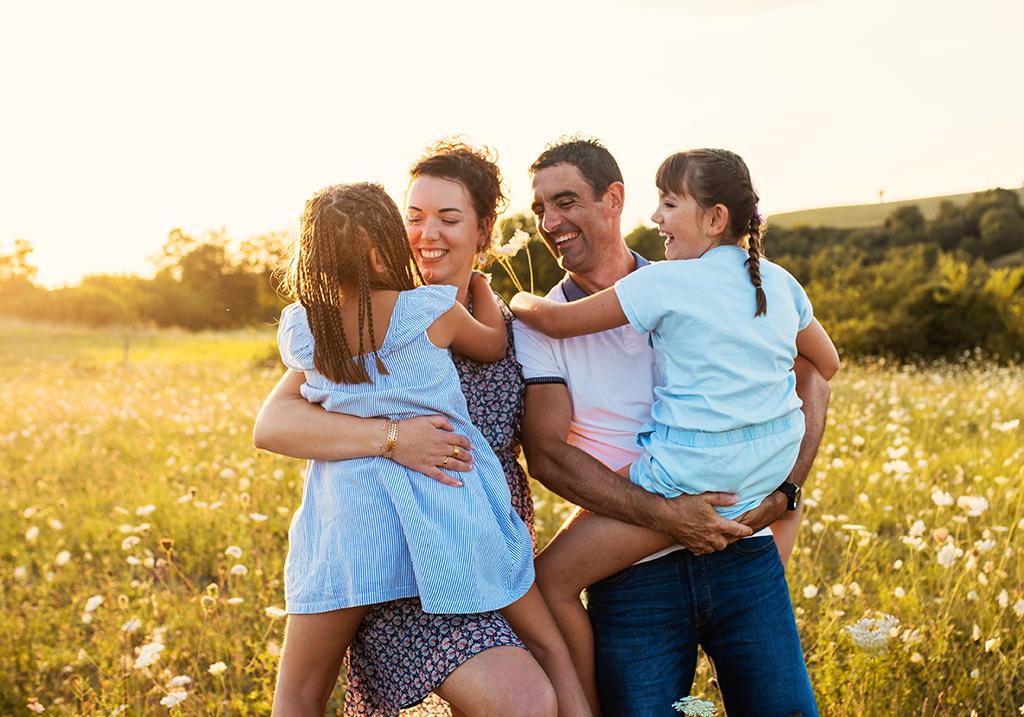 séance photo famille enfants portrait couple Toulouse lauragais golden hour champêtre champs