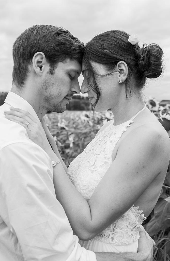 séance photo Photographe mariage pacs elopement engagement Toulouse lauragais aude Haute-Garonne occitanie petit comité jardin famille